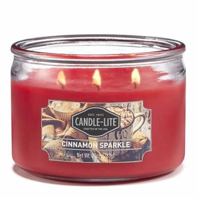 Candle-lite Everyday świeca zapachowa w szkle z trzema knotami 82/105 mm 283 g - Cinnamon Sparkle