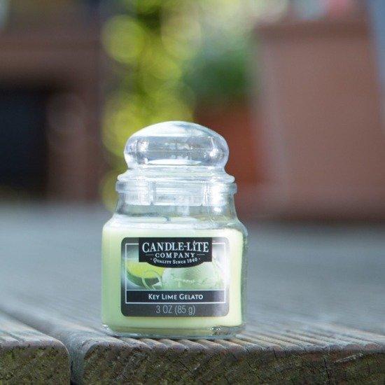Candle-lite Everyday Collection Jar Glass Candle With Lid 3 oz świeca zapachowa w szkle z pokrywką 95/60 mm 85 g ~ 27 h - Key Lime Gelato