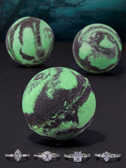Charmed Aroma kula do kąpieli z biżuterią Alien - Pierścionek